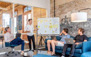How to Successfully Transition from Peer-to-Peer to Leadership | DEK Leadership